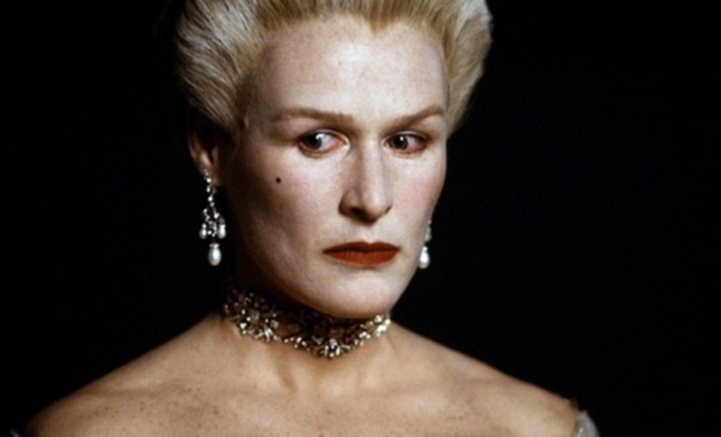 glenn-close-marquise-de-merteuil-eedd5526a73683b920ee84400bcc94f5-large-273627